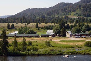 West Fork Cabins - in prime elk hunting area :: For hunters needing a warm, low-cost homebase for their hunting trip into the adjacent forest, we offer warm cabins, RV & camp sites, all off the Madison's West Fork road.