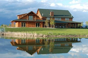 Gallatin River Lodge & Guide Service :: Selected as a 2017 Travelers Choice award winner by TripAdvisor. New (2012) first-class rooms, award-winning dining & wine selection, along with guide service for anglers.