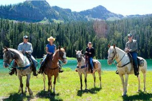 Paradise Adventure Co. - Horseback riding :: Offerng the best combination of scenic raft and wild whitewater trips, plus horseback 'Saddle & Paddle' combos. Trips available in Gardiner or at Chico Hot Springs Resort.