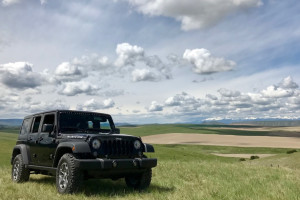Rocky Mountain Expeditions - Jeep Rentals :: Nothing beats experiencing Big Sky Country in a Jeep Wrangler. We provide Jeep Wrangler rentals with complimentary ski-rack or fly-rod carrier. On and off-road fun.