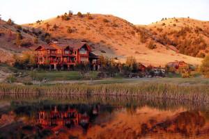 Grey Cliffs Ranch - B&B luxury suites