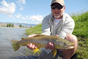 Sweetwater Fly Shop and Guide Service :: Complete fly shop and guide service on the Yellowstone River in Livingston. Free advice, updated online reports and fly/gear specials. Permitted to fish Yellowstone Park too.