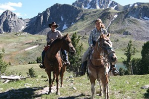 Yellowstone Mountain Guides - horseback riding