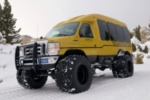 Yellowstone National Park Lodges - snowcoach tours