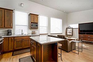 Vacation Rentals Montana - condos & apartments