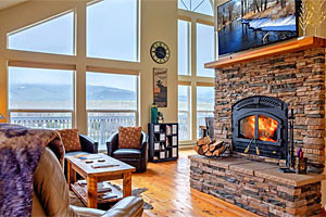 Mountain Home - homes with river views