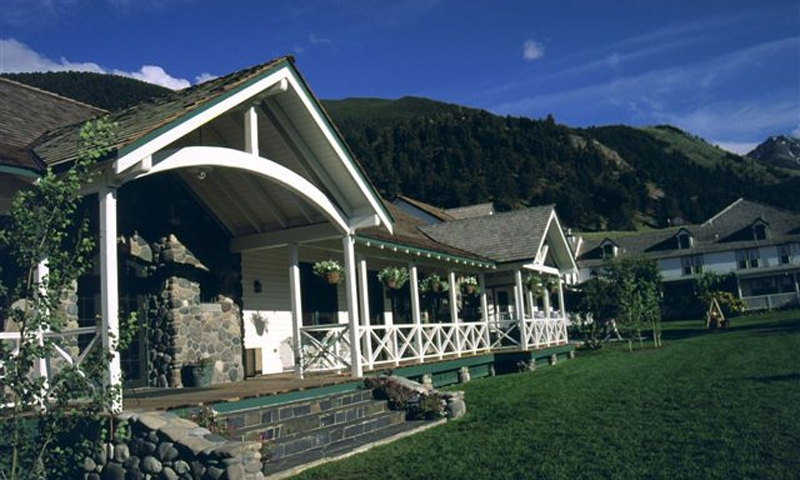 Chico Hot Springs In Montana Alltrips