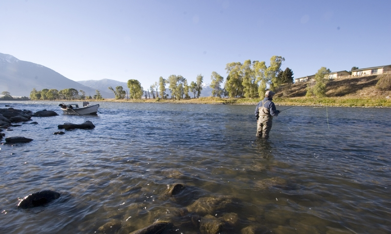 Yellowstone river montana fly fishing camping whitewater for Yellowstone lake fishing