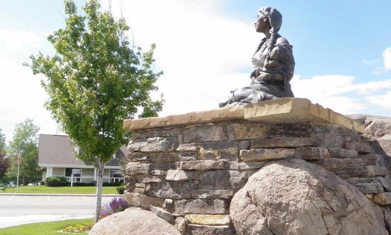 Sacajawea Sculpture in Three Forks