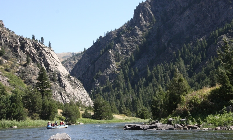 Whitewater Rafting through Beartrap Canyon