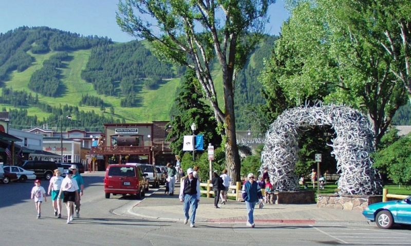 Jackson hole wyoming to bozeman montana alltrips for Best places to eat in jackson wy