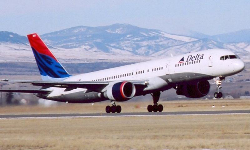 Delta taking off.