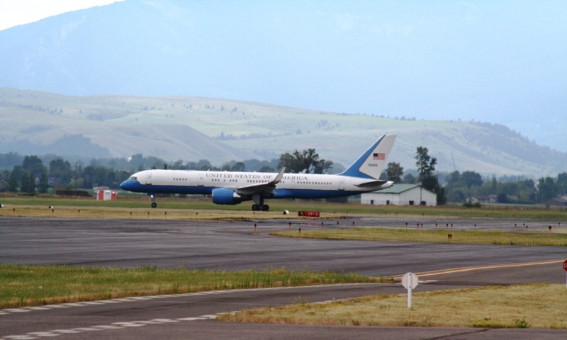Air force one landing in Bozeman.
