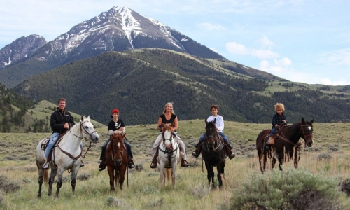 Horseback Riding in Gardiner Montana