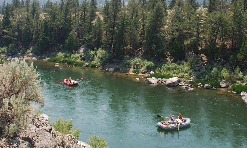 Rafting along the Madison River